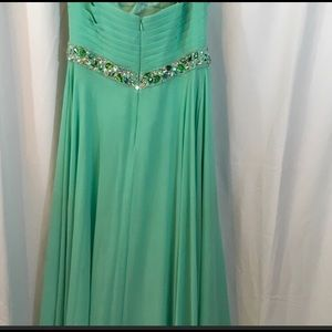 Dresses - Mint color prom dress